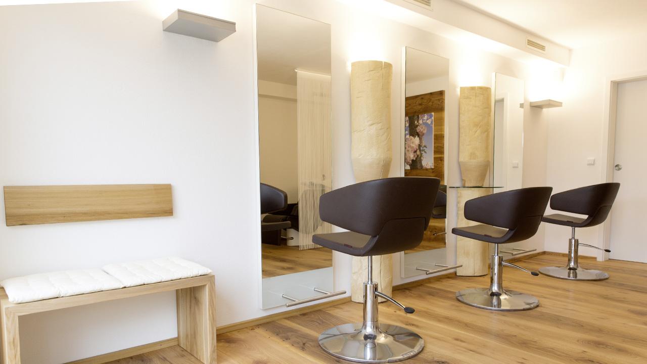 Bader Fanni - Website Bilder - Salon 7 - Bader Fanni